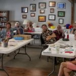 Jeni Bate demonstrates Fractured Watercolor at the May Chaparral Artists General Meeting 2019